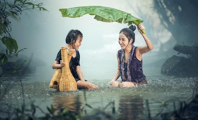 Jak spędzić czas z dzieckiem, gdy za oknem tylko deszcz