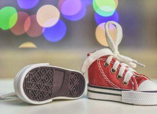 Jakie buty dla chłopca warto kupić na zimowych wyprzedażach
